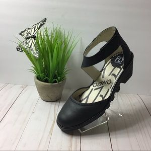 Fly London Black Leather Sandals